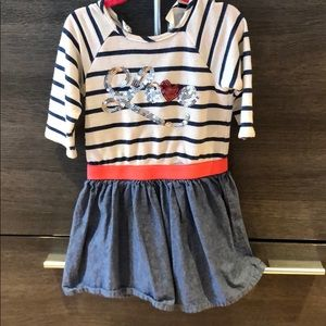 Adorable and comfortable dress size 3-5